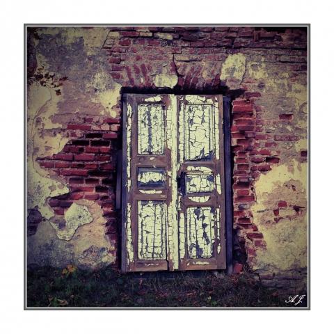 Durys į nežinia